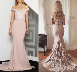 Barato Sereia Vestidos Júnior-Peach Off-Shoulder Mermaid Bridesmaid Dresses Lace Backless 2017 Junior Maid of Honor Dress para casamentos Vintage Formal Prom Party Gowns