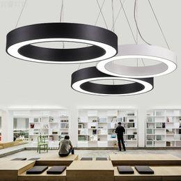 L'éclairage pendant mené circulaire simple de lampe de lumières de bureau simplifient les lumières de suspension rondes creuses menées allumant le diamètre 40cm / 60cm / 80cm en Solde