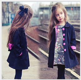 Girl Grey Jacket Coat Canada - Retail 2016 New Autumn Winter Children Cardigan Coats Cute Girl Outwear Kids Jackets Trench Coat Fashion Girls Clothing 90-130cm