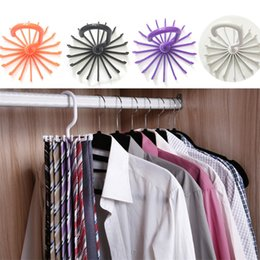 Wholesale 4 colors Multi function Originality necktie Hook White Plastic Hook Practical degree Rotation folding necktie Hook IA637