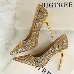 58f767fc9 shining shoes wedding 2019 - Sexy pointed toe lady party dress shoes  fashion shining sequins thin