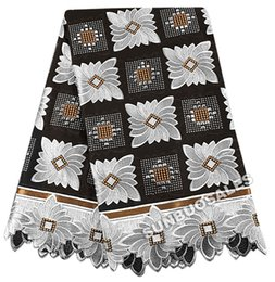 Chinese  The Best Smooth 100% Cotton African Lace Fabric Swiss Voile Lace Nigeria garden Clothing With Lots of stones Black White manufacturers