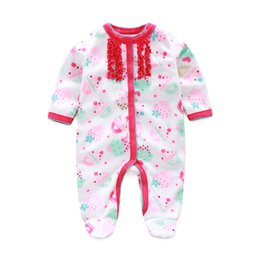 $enCountryForm.capitalKeyWord UK - Cake Baby Girls Rompers Pajamas Fashion Newborn Footcover Long Romper Baby Clothes Outfits Body Warmer Coral Fleece Baby Clothes