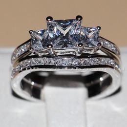 $enCountryForm.capitalKeyWord Canada - Victoria Wieck Three stones Princess cut Vintage Jewelry 10KT White gold filled Topaz cz diamond Wedding Bridal Rings set for Women Sz5-11