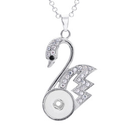 Swan Pendants Canada - 18mm snap button pendant necklaces multicolors crystal 3 colors for options swan shape with silver plated snake chain