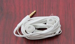 High Headphones Canada - High quality In-Ear Stereo white Earphone 3.5mm Headphones Headset with Mic and Remote for Samsung Galaxy S4 Note 3 with retail box