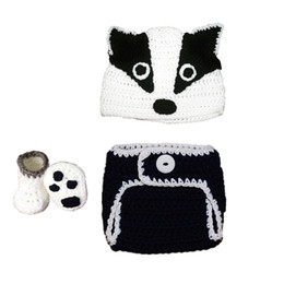 Infants crocheted bootIes online shopping - Newborn Badger Costume Handmade Knit Crochet Baby Boy Girl Animal Badger Hat Diaper Cover Booties Set Infant Halloween Costume Photo Prop