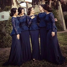 Barato Mangas Da Dama De Honra Da Marinha-Dark Navy Mermaid Bridesmaid Dresses 2017 Bateau Pescoço Manga Longa Lace Satin Muslim Prom Dresses Formal Evening Gowns Sweep Train