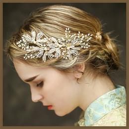 $enCountryForm.capitalKeyWord Canada - Vintage Wedding Headpiece Gold Hair Accessories Bridal Crystal Rhinestone Hair Pins Lot Clips Headband Princess Crown Tiara Jewelry Favors