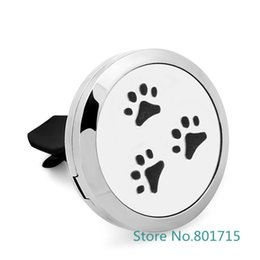 american oil UK - Paws Essential Oil Car Diffuser Locket Vent Clip 316 L Stainless Steel Pendant soccer Perfume locket Magnetic Randomly 5pc Oil Pads as Gift