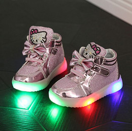 Barato Meninas Alto Alto Sapatilhas Crianças-Hello Kitty Diamond Princesa Meninas Sapatos de desporto Outono-Inverno Cartoon LED Sneakers Korean Children High Top Boots Kids Shoes