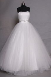 Photo Beads Canada - Romantic Strapless Tulle Ball Gown Wedding Dress With Beads Crystal 2019 Lace Up Wedding Gowns Real Photo