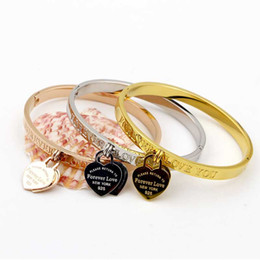 Chinese  High quality Exquisite fashion jewelry trade double heart bracelet female titanium Rose Gold Bracelet manufacturers
