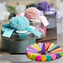 $enCountryForm.capitalKeyWord NZ - Wholesale 100Pcs Lot Beautiful Personality Circle Tin Boxes Wedding Candy Boxes Favour Gift Box