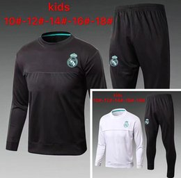 V Soccer Jerseys Canada - 2017 18 Real Madrid Kids Tracksuits Soccer jersey MODRIC LUCAS V MORATA BALE KROOS ISCO BENZEMA football shirts Children Suit