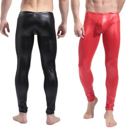 Barato Trajes Sexy-New Faux Latex calças dos homens Preto Vermelho Couro Moda Moda Tight Pants Gay's Costumes Fetish Dress Sexy Lingeries Stage Wear