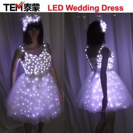 Habillement Pas Cher-Livraison gratuite New Arrival Bride Light Up Luminous Clothes LED Costume Ballet Tutu Led Robes pour Danse Jupes Fête de mariage