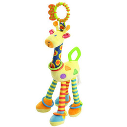 Chinese  Infant Baby Bed Hand Bell Ring Rattle Stuffed Plush Cartoon Giraffe Hanging Toys manufacturers