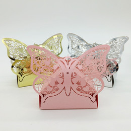 Barato Caixas Do Favor Doces Da Borboleta-100pcs Laser Cut Hollow Butterfly Candy Box Chocolates Boxes Para Casal Party Baby Shower Favor Gift