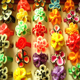 $enCountryForm.capitalKeyWord NZ - wholesale bulk lots 100PCs mixed styles women's girl's colorful clay flowers party jewelry rings brand new
