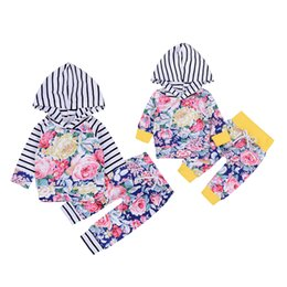 Chinese  Mikrdoo 2017 Newborn Baby Clothes Set Kids Boys Girls Floral Suits Children Long Sleeve Hooded Tops Flowers Pants Set 2 Pcs Cotton Outfits manufacturers