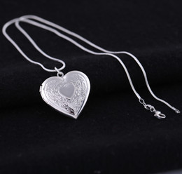 $enCountryForm.capitalKeyWord NZ - Silver Plated 925 Lockets Pendant Necklaces Heart Carved Charm Photo Frames Can Open Locket Necklace Valentine's Day Gift For Women Girl