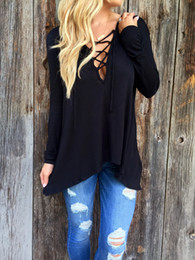 Barato Tops Ocidentais Para Mulheres-2016 Western High Street Style Camisa de manga comprida Mulheres Sexy Cross Lace-up Deep V-Neck T-Shirt com Hood Loose Casual Tops Tees