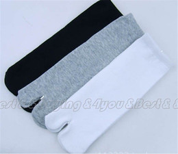 Cotton Kimonos Wholesale Canada - Wholesale-3 Pair Bag Unisex Japanese Kimono Flip Flop Sandal Split Toe Tabi Socks Black Gray White (11609001)