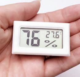 Controller Probe Canada - 20pcs Mini LCD Digital Temperature Humidity Meter Gauge Thermometer Hygrometer LCD -50-110C 10%~99% Built-in probe