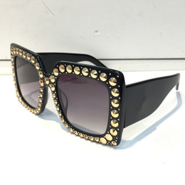 Women's Glasses Brand One Piece Big Frame Rivet Square Sunglasses Women Shades Driver Goggles Designed Red Blue Lens Windproof Hd Wide Legs Sexy