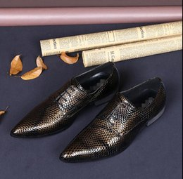 Formal Man Leather Shoes Flat Canada - Patent Leather Men's Snake Print Luxury Man Flats Buckle Heels Dress Party Shoe Formal Mens Nightclub Stylist Shoes Sales