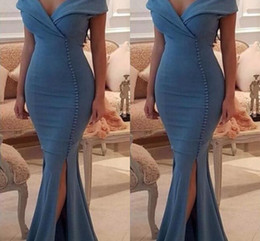 Barato Longo Vestido De Decote Pescoço Alto-2018 Dark Blue Mermiad Long Prom Dresses Sexy V-Neck Com Botão High Side Split Formal Evening Party Gowns Cheap New Robe De Soiree