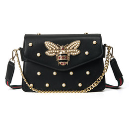 China Brand design handbag lovely Rhinestone chain bag elegant woman bee pearl decorative leather shoulder bag women bag small fresh pearl spring supplier pearl handbag design suppliers