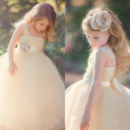 $enCountryForm.capitalKeyWord Canada - Vintage Champagne Tulle Garden Wedding Flower Girl Dresses Lace Straps Girls' Formal Gown with Handmade Flower Sash Floor Length