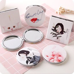 $enCountryForm.capitalKeyWord Canada - Creative Fashion Portable Pocket Mirror with Leather Cover Two-sides Folding Makeup Mirror Mini Cosmetic Make Up mirro