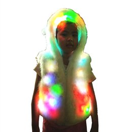 Barato Casaco De Pele De Poliéster-OISK Light Up Cute Bear Costume Kids Girls Colorido LED Shinny Faux Fur Manga sem mangas Capa Warm Thick Waistcoat Vest For Halloween Xmas