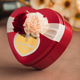 $enCountryForm.capitalKeyWord Canada - 30pcs Metal Tin Heart Candy Boxes Wedding Favor Baby Shower Party Chocolate Box Unique and Beautiful Design