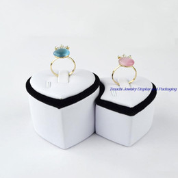 Display Cases Rings Canada - Supper Heart-shaped White PU Black Velvet Jewelry Lovers' Ring Tower Duo-Ring Holder Stand For Jewelry Display Show Case