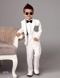 $enCountryForm.capitalKeyWord Canada - Four Pieces Luxurious white Ring Bearer Suits trend Boys Tuxedo With Black Bow Tie kids formal dress boys suits fashiion kids suits 002