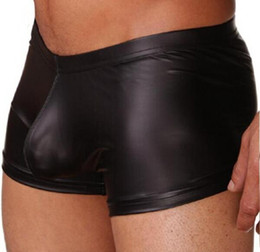 Lingerie Mens Faux Pas Cher-En gros Faux Leather Mens Boxer Shorts.Male PU en cuir sous-vêtements, Gay Boxer Shorts D590
