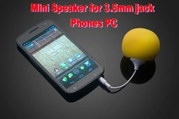 Wholesale colorful Faster Mini Sponge Ball Speaker mm jack cable for iPhoneMP3 iPad Tablet PC Samsung HTC Cell Phones