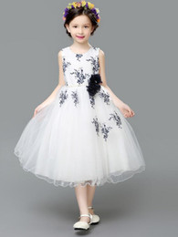 veil communion Canada - The new 2016 European and American girls dress summer performing dress children dress princess dress veil flower girl dress skirt of bitter