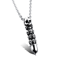Korean Men Jewelry Necklace Canada - Korean jewelry wholesale gift titanium skull. Special offer individual men Pendant with chain containing N980