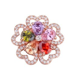 $enCountryForm.capitalKeyWord UK - Brooches Wholesale Gift Fashion Women Luxury High Quality Multicolor Zircon 18K Gold Plated Heart Flower Brooch Pins Jewelry TB005