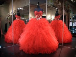 Robe De Bal À Col Roulé Rouge Pas Cher-Red Ball Robes Quinceanera Robes 2016 Chérie Corset Corsage avec Perles Cascading Ruffles Organza Seize Puffy Prom Party Robes
