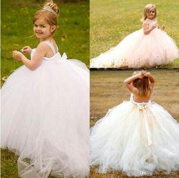 $enCountryForm.capitalKeyWord NZ - White Flower Girl Dresses For Wedding Halter Puffy Tulle Tutu Cupcake Pageant Dresses For Girls Kids Formal Wear Lovely Birthday Dresses37