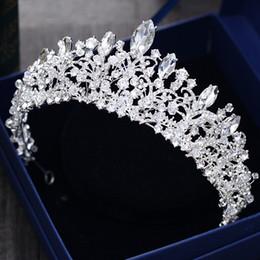 Hermosa princesa 2018 coronas grandes de la boda joya nupcial tocados tiaras para las mujeres de metal de plata de cristal de diamantes de imitación del pelo barroco diademas en venta