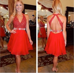Black pearl dress v Back online shopping - 2017 Sexy V Neck Red Beadings Sleeveless Short Homecoming Dresses Tulle Backless Mini Cocktail Prom Party Gowns Junior Graduation Dresses