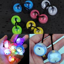 $enCountryForm.capitalKeyWord Canada - High Speed YoYo Ball Luminous LED Flashing Child Clutch Mechanism Yo-Yo Entertainment Fingertips Yo-Yo Toy For Kid Boy Gift