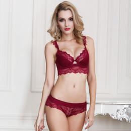 904d77c4e Atacado-Mulher Sexy Ultra-fino Red Lace Transparente Bra Set Plus Size  Profundo V Brassiere Menina Push Up Bra e Calcinha Breve Set ABCD